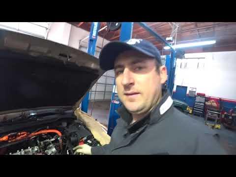Автосервис в США Honda Accord Hybrid Регулировка клапанов !