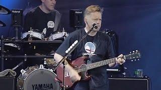 New Order  - Crystal & Regret (Live Finsbury Park, 2002)