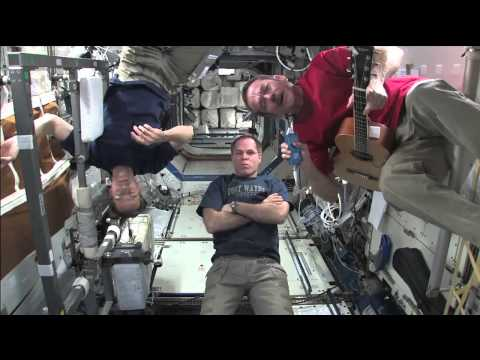 astronaut sings space oddity - photo #21