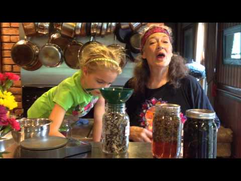 Red Raspberry Infusion with Susun Weed