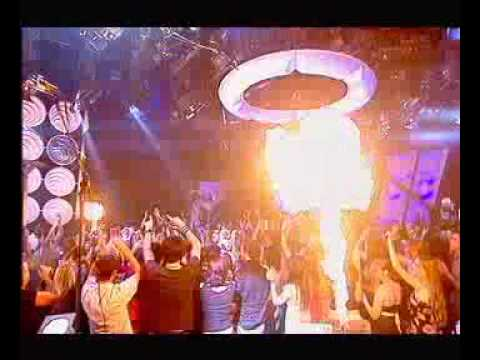 Marilyn Manson live- Personal Jesus- Top of the Pops- 2004