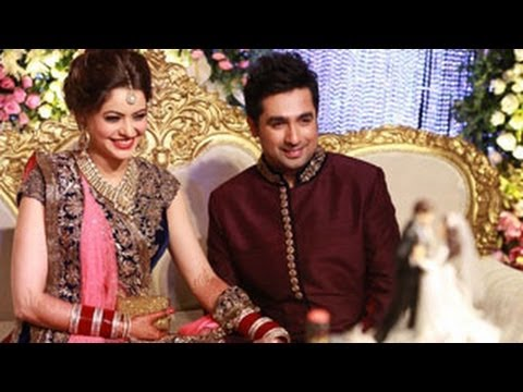 Aamna Sharifs Amit Kapoors WEDDING RECEPTION EXCLUSIVE VIDEO PICTURES