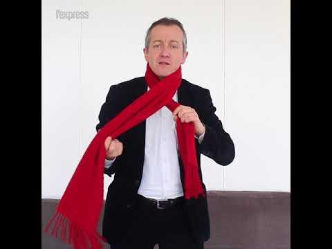 94f22c889df4a Comment bien porter une écharpe pendant l'hiver? Les conseils de Christophe  Barbier