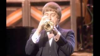 Woody Herman, Clark Terry, Pete Barbutti, Joe Williams, The Dukes of Dixieland - Live in Huston 1985