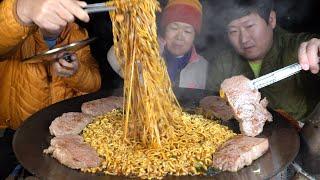 앵그리 너구리로 끓인 맛있는 짜파구리와 채끝살구이!! …