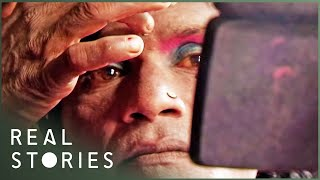 India's Dancing Men in Drag (Global Documentary) | Real Stories