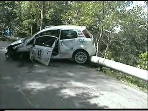 immagini fiat punto crash rally ronde brescia 2009 youtube. Black Bedroom Furniture Sets. Home Design Ideas