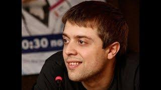 Вылитый Лобанов! Любимый доктор из сериала «Интерны» Александр Ильин впервые показал сына