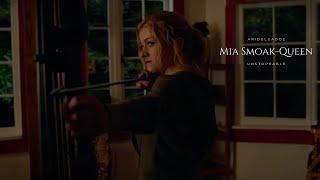 Mia Smoak-Queen Unstoppable