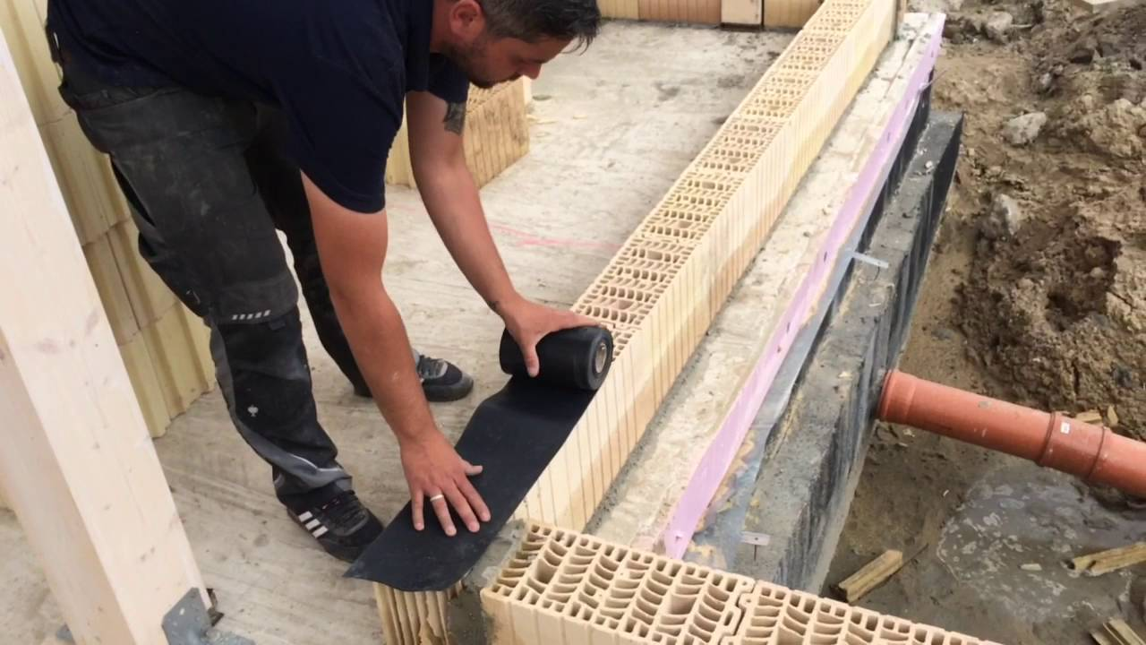 Ausmauern Des Holzstanderwerkes