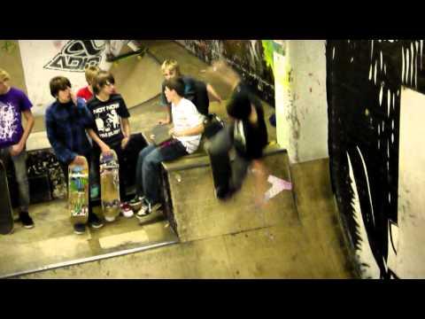 Boardroom Free Skate Day - AMIDTHEMID