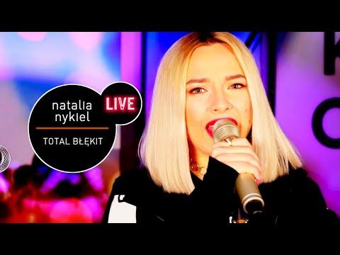 Natalia Nykiel - Total Błękit (Live at MUZO.FM)