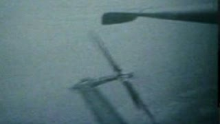 Test footage of a S-56 helicopter blade bending in flight