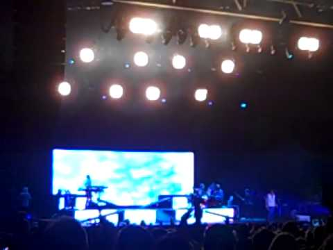 "Foreigner performing ""Urgent, I Want To Know What Love Is, & Hot Blooded"" in St Louis July 2011"