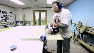 How To Use A Circular And Miter Saw Video.