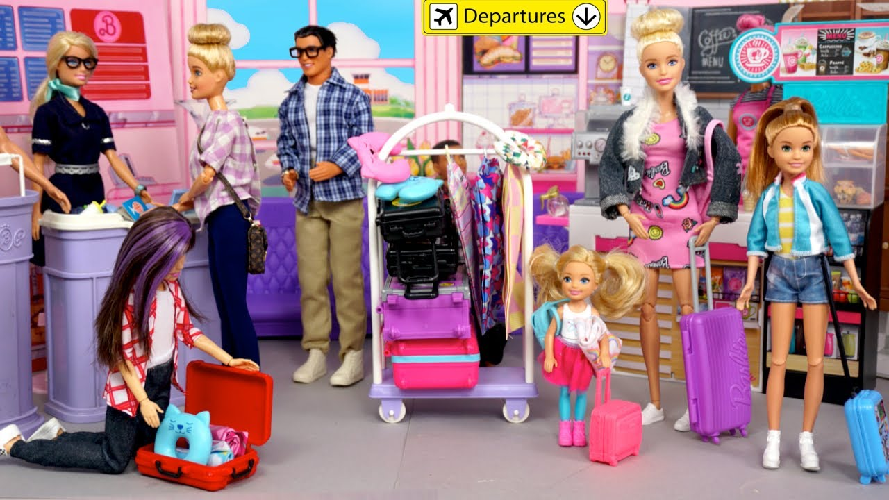 Barbie Family Airplane Travel Routine -  Dreamhouse Vacation Adventure