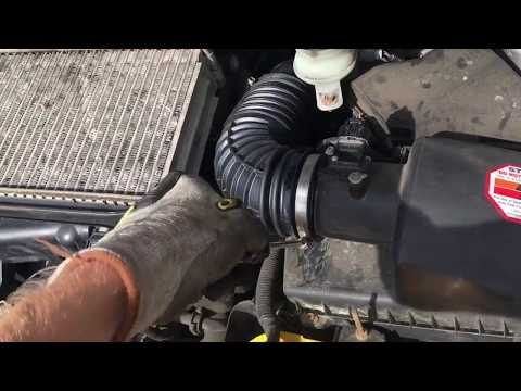 How to replace an air intake hose