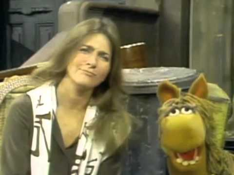 "Classic Sesame Street - Judy Collins sings ""Horse Sense"""
