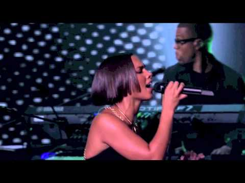 Alicia Keys - I Need You (Live at iTunes Festival 2012)