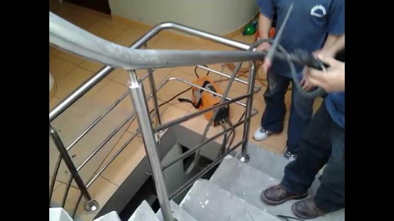 Barandas en acero inoxidables cordova youtube - Baranda de escalera ...
