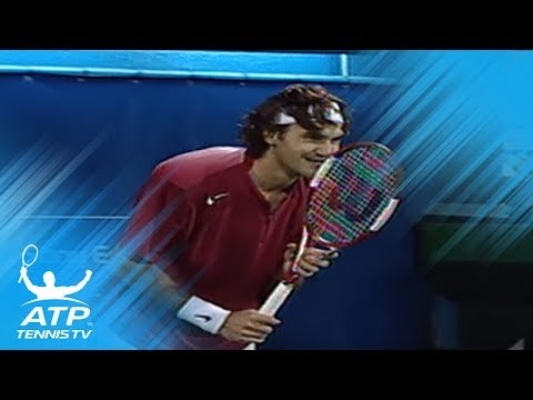 "Roger Federer ""impossible"" shot vs Andre Agassi! 