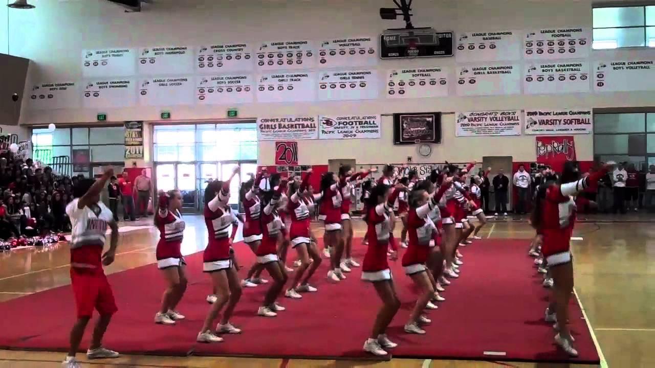 John burroughs high school cheer 2011 - YouTube
