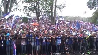KUBURAN Feat BOBOTOH LUPA LUPA TAPI INGAT Live at Ged Sate Gasibu Bandung
