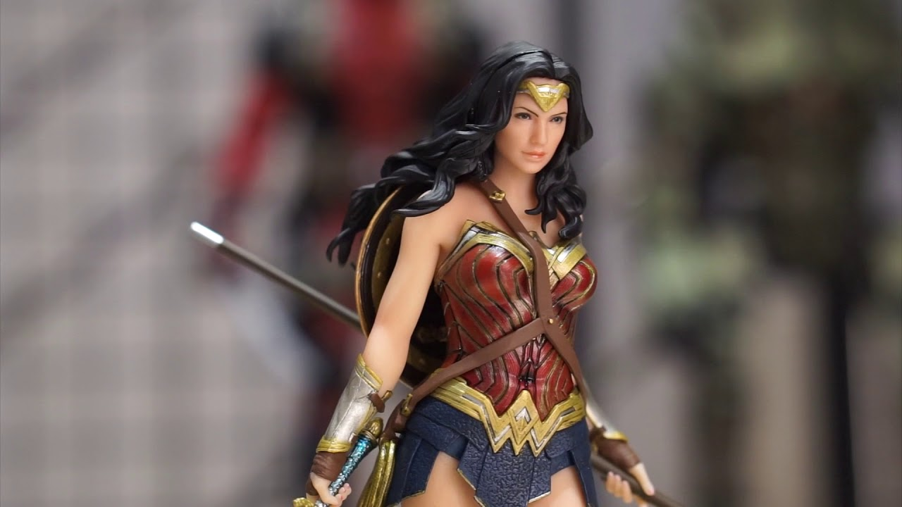 ARTFX Justice League Wonder Woman 1//10 PVC Figure Statue Toy Gifts
