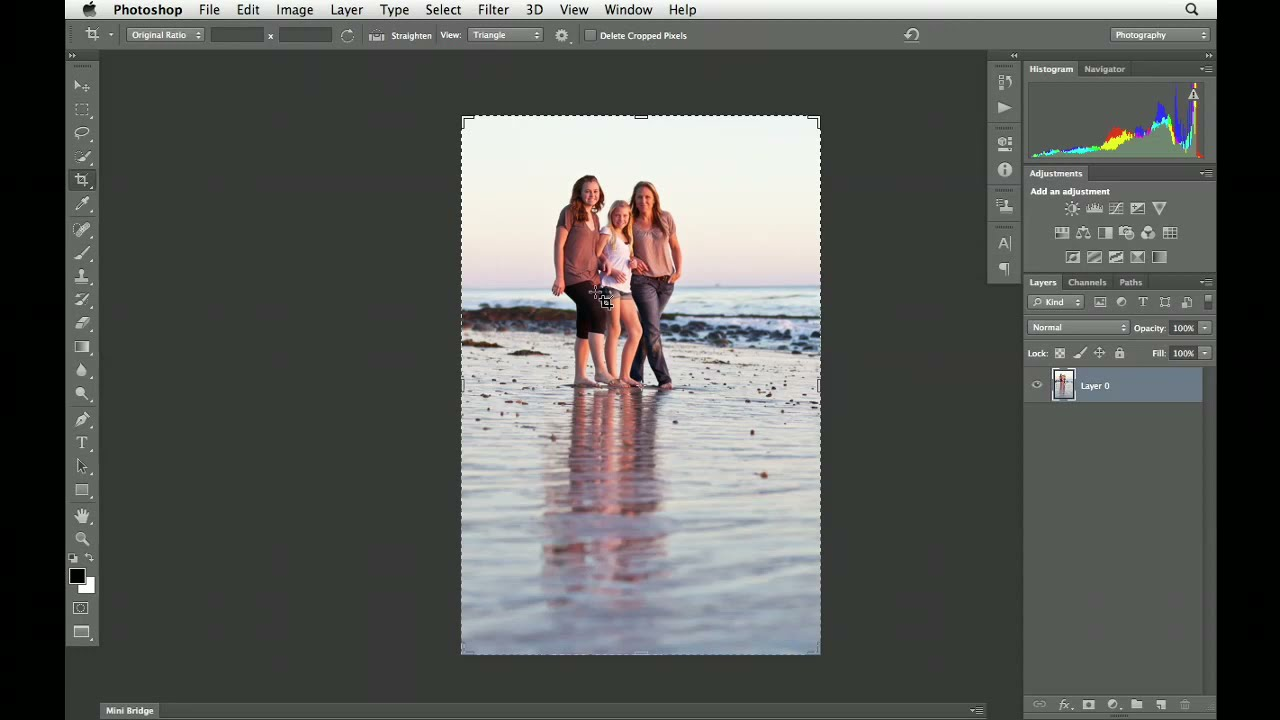 How to use the Photoshop CS6 Crop tool