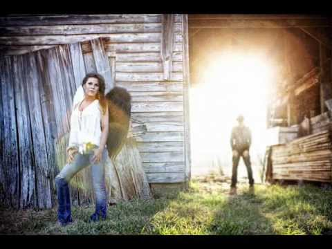 Mickie James - Strangers and Angels mp3