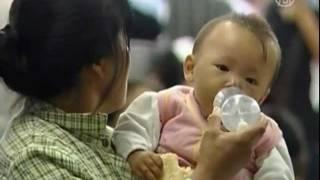 Zprávy NTD - Čína: přes 600 lidí bylo zatčeno při zátahu proti obchodu s dětmi