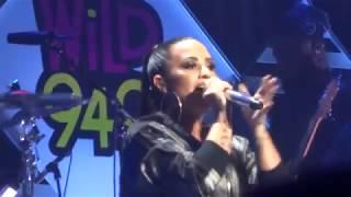 HD Demi Lovato - ''Sexy Dirty Love'' at WiLD 94.9 Jingle Ball San Jose 11/30/17