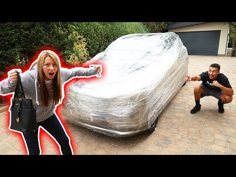 WRAPPED MY MUM'S CAR IN CLING FILM PRANK!!