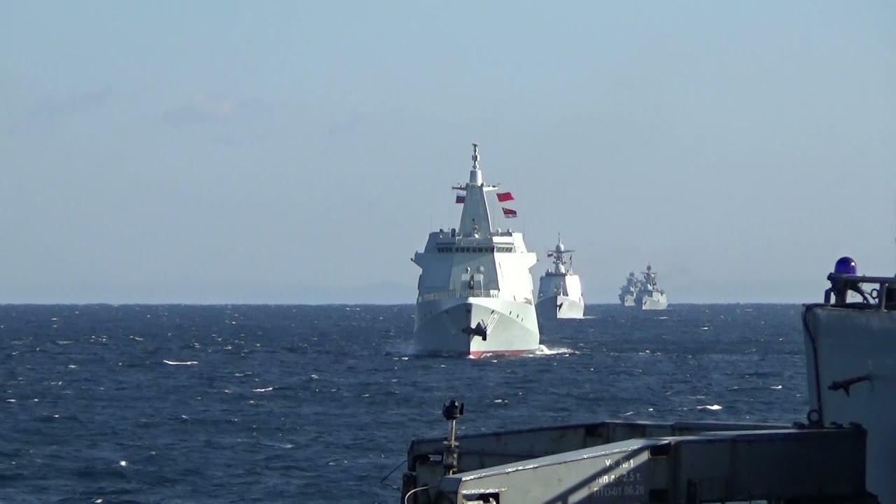 Боевые корабли ВМФ России и ВМС Китая впервые провели совместное патрулирование в Тихом океане