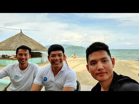 NGÀNH F&B cùng ANH QUẢN LÝ SAILING CLUB NHA TRANG | Quang Lê TV