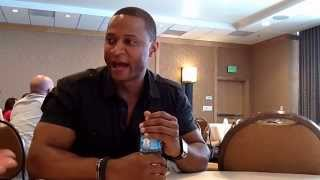 Interview With David Ramsey of Arrow at Comic-Con 2014 Thumbnail