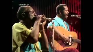 "Sonny Terry & Brownie McGhee ""Wine Spodeeodee"""