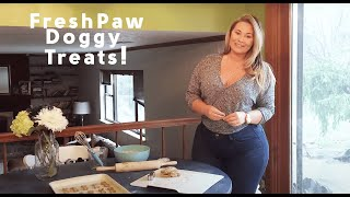 Repeat youtube video Olivia Jensen Reviews the Fresh Paw Box - Healthy Doggy Treats