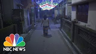 "India's ""Magical"" And Oppressed Third Gender 
