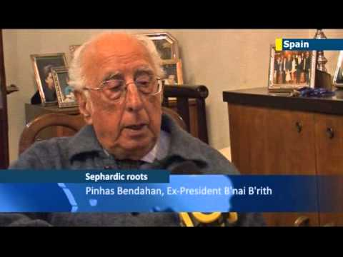 Ending a 500-year exile: Sephardi Jews retrace their roots in order to become Spanish again
