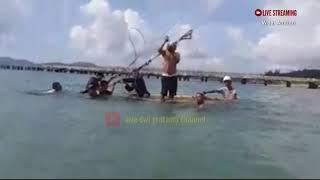 pemasangan sekur tower sutet di atas laut