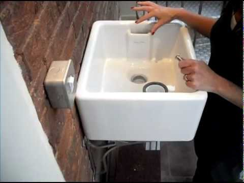 How to fit a Strainer Waste to a Belfast Sink with Weir