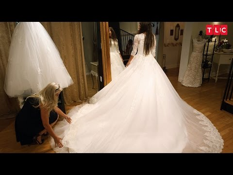 Jinger Finds The Perfect Wedding Dress | Counting On
