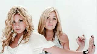 Aly & Aj- Chemicals React WITH LYRICS