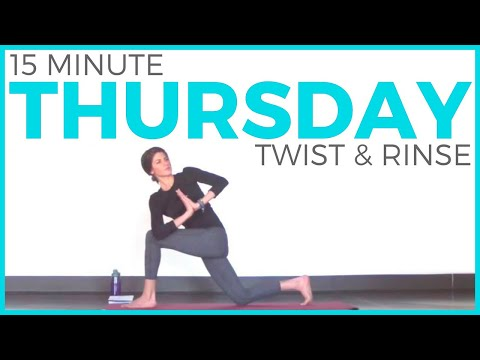 thursday-(7-day-yoga-challenge)-twist-&-rinse-vinyasa-yoga-routine-|-sarah-beth-yoga