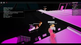 roblox ariana grande concierto dwt 2017