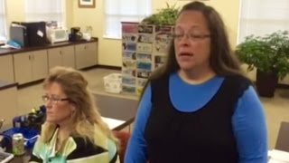 Kentucky Clerk Denies Gay Marriage License 'Under God's Authority'