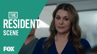 Gambar cover Derek Wakes Up With One Strange Complication | Season 3 Ep. 20 | THE RESIDENT