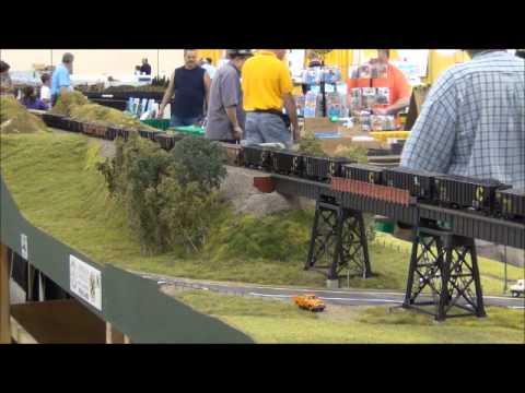 National Train Show: Free-Mo [HO] Moving Coal