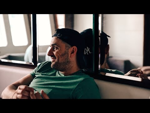 I NEED TO BECOME A RAPPER | DAILYVEE 254